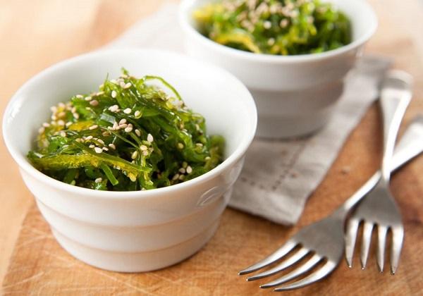 Kann man Algen essen und schmecken die?