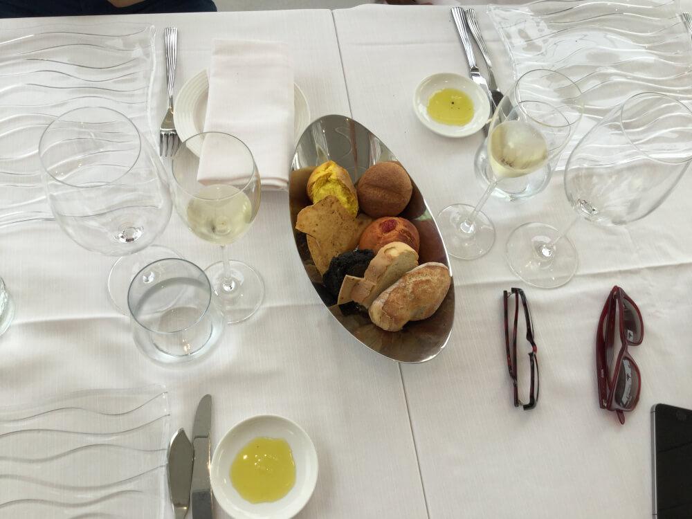 Restaurant-Il_Molo-Sizilien-Tisch