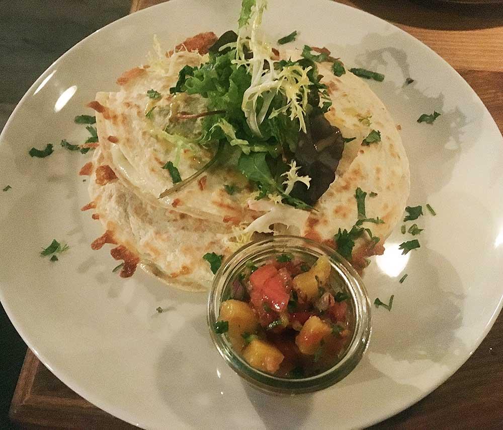 Blitz-Restaurant-Muenchen-Quesadilla-vegetarisch
