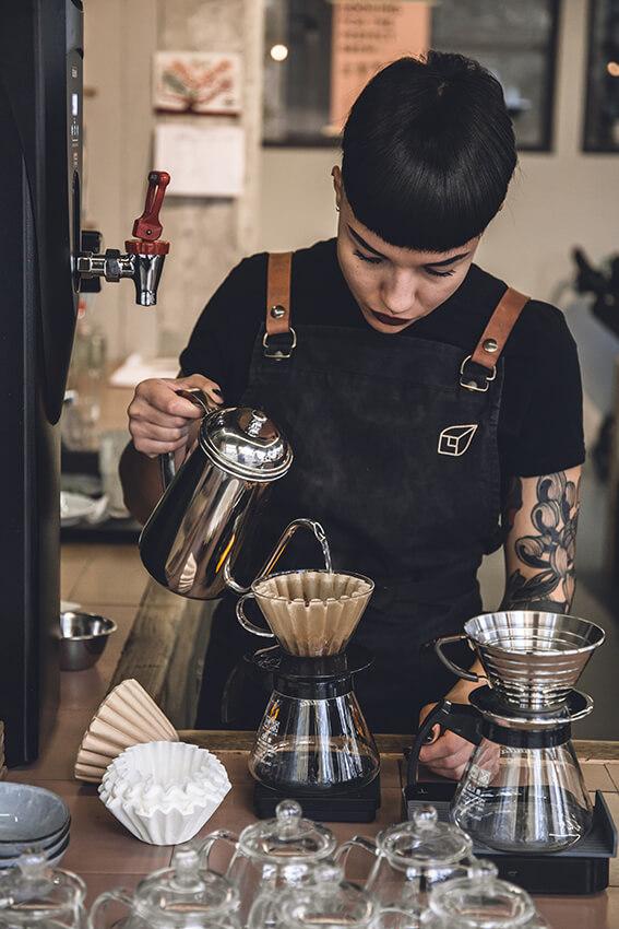 Kaffeerösterei-Kaffeekirsche-Berlin-Kaffeekanne