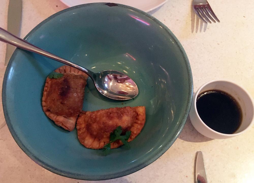 Restauran-Panama-Berlin-Empanadas_und_Malzessig