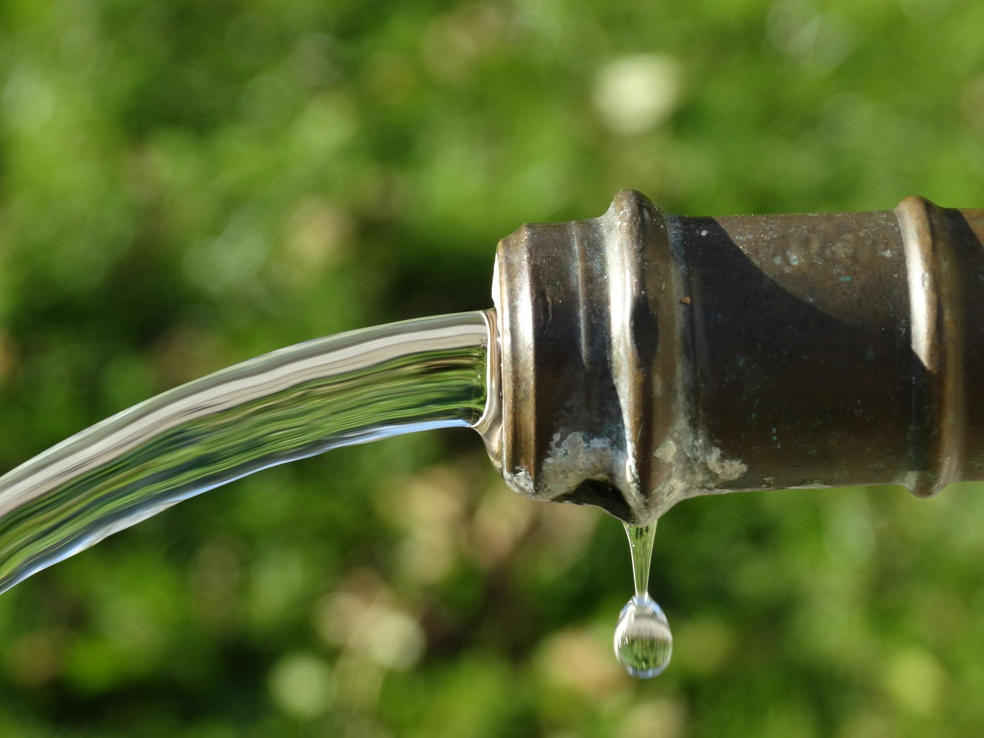 Alter-Wasserhahn